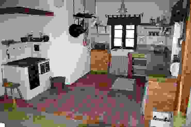 Krakowska 150 x 150 - KAMSTAR: styl , w kategorii Kuchnia zaprojektowany przez Kamstar Krzysztof Fertała,Wiejski