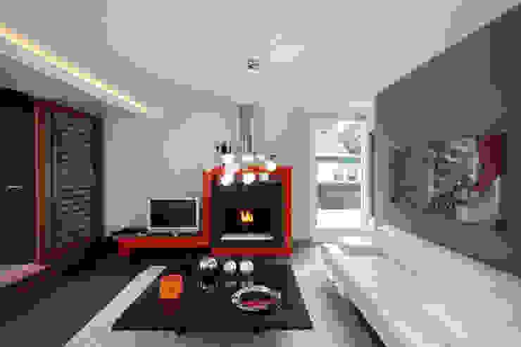 by MEF Architect Modern