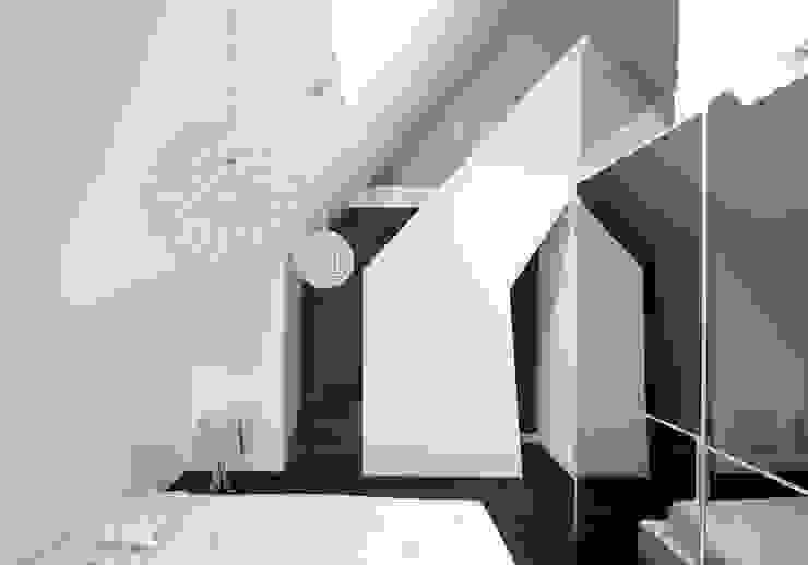 Chambre moderne par MEF Architect Moderne