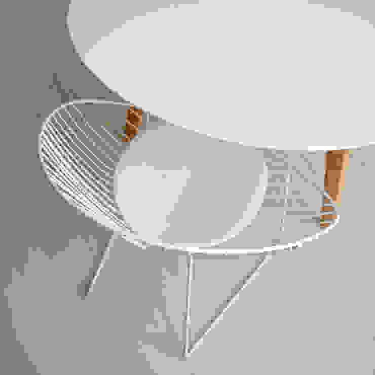 UNION table par ilias fragkakis Moderne