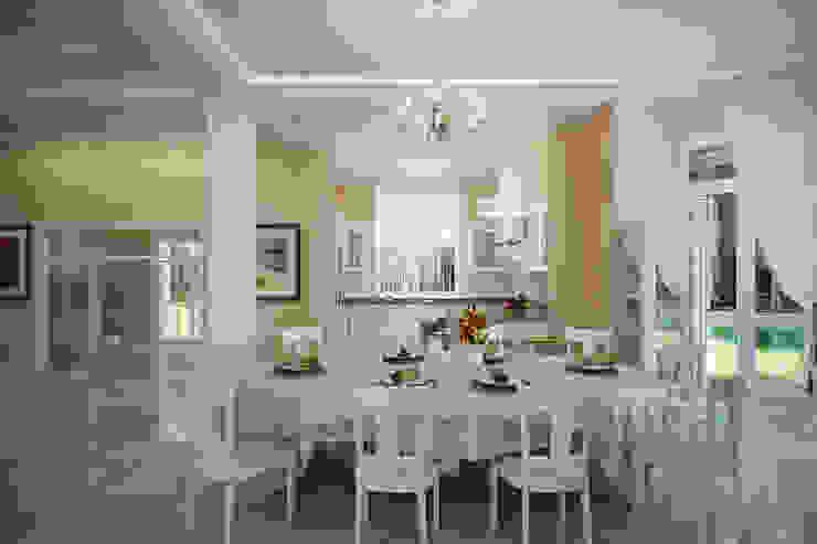 Студия интерьера 'SENSE' Classic style dining room