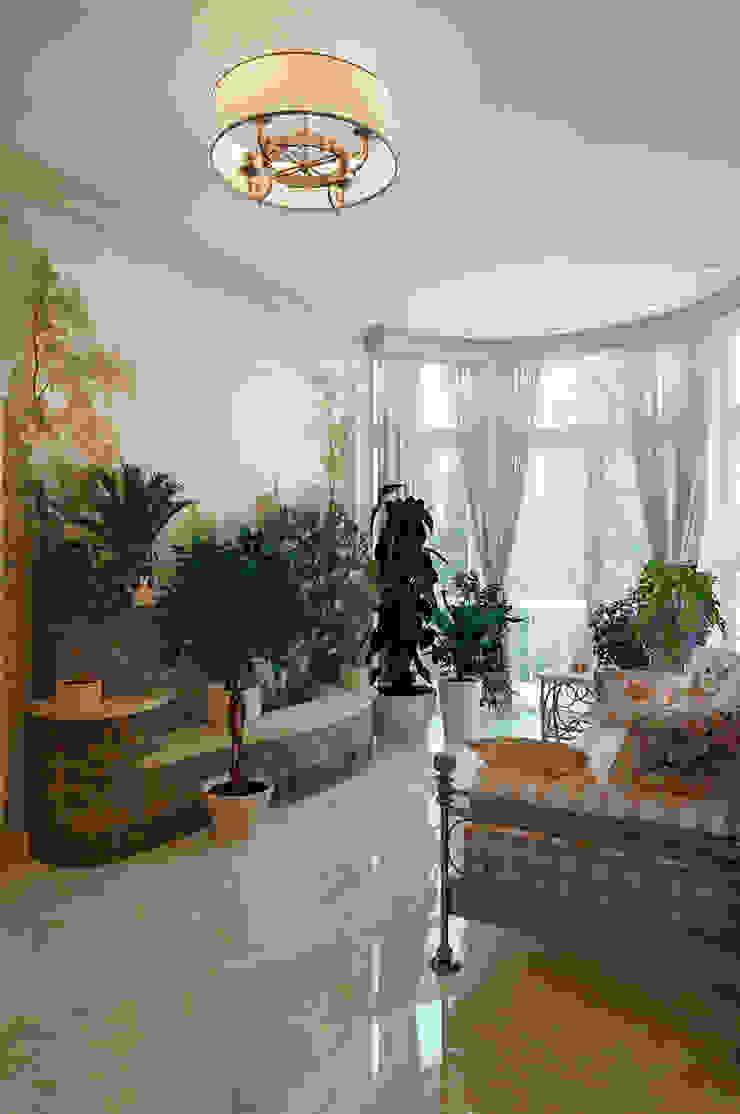 Студия интерьера 'SENSE' Classic style conservatory