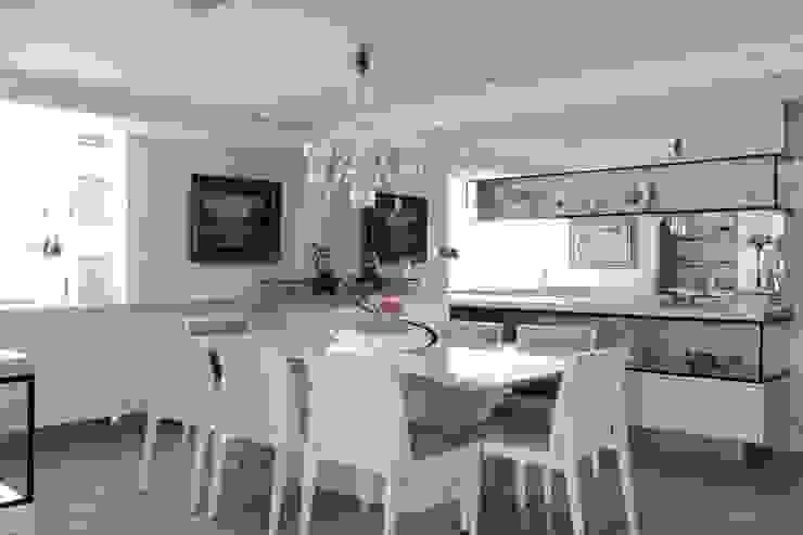 APARTAMENTO 300m2 – CASA FORTE- RECIFE-PE Salas de jantar clássicas por ROMERO DUARTE & ARQUITETOS Clássico