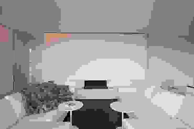 Modern Living Room by Jan de Wit architect Modern