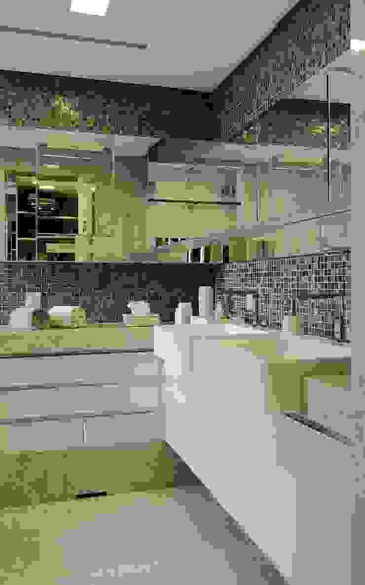 APARTAMENTO 300m2 – CASA FORTE- RECIFE-PE Banheiros modernos por ROMERO DUARTE & ARQUITETOS Moderno