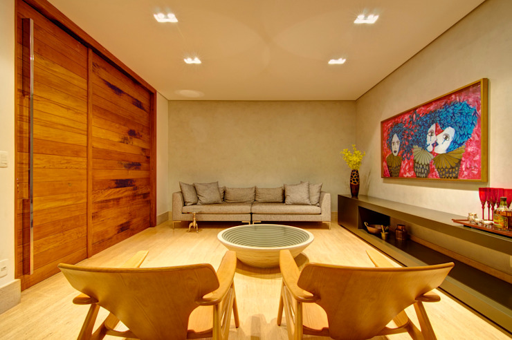 Salon moderne par ÓBVIO: escritório de arquitetura Moderne