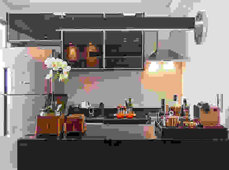Apartamento MD Cozinhas modernas por ÓBVIO: escritório de arquitetura Moderno