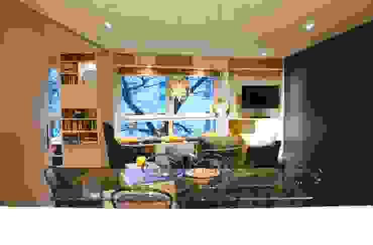 Salon salle à manger Salon moderne par Agence MIND Moderne