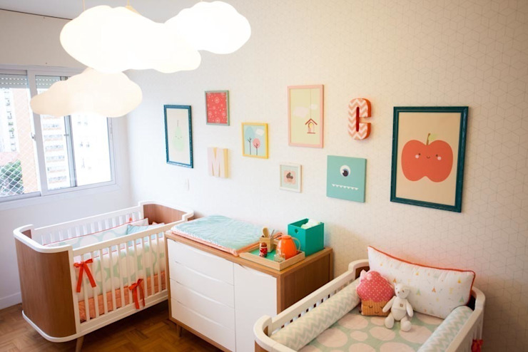 Nursery/kid's room by Uaua Baby, Modern
