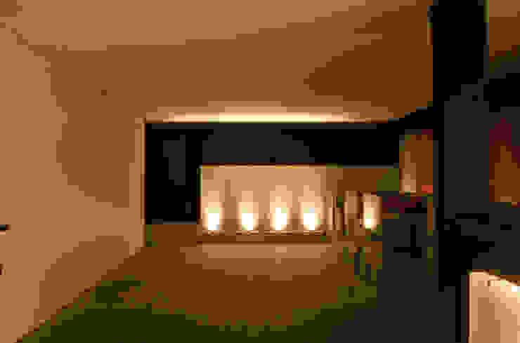 Emme Lounge & Food Bares e clubes modernos por ÓBVIO: escritório de arquitetura Moderno
