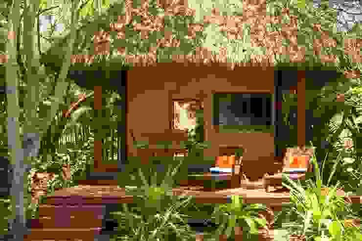 Kupuri Balcones y terrazas tropicales de BR ARQUITECTOS Tropical
