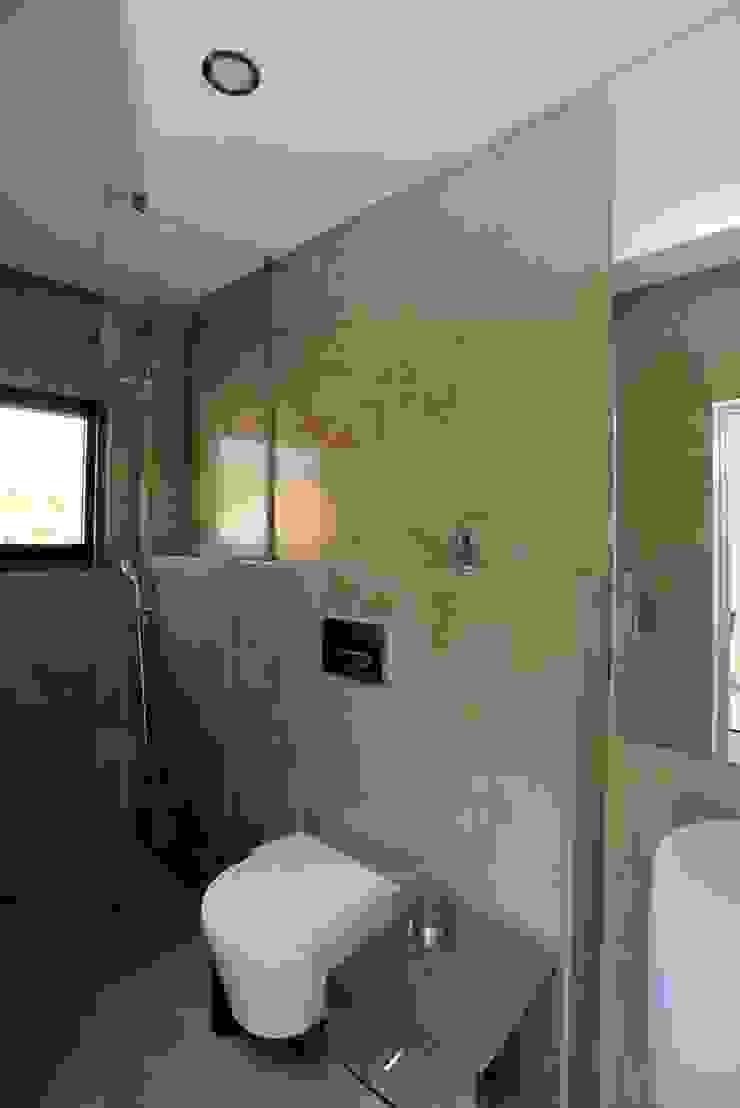Renovação moradia em Birre II   Cascais Casas de banho modernas por shfa Moderno