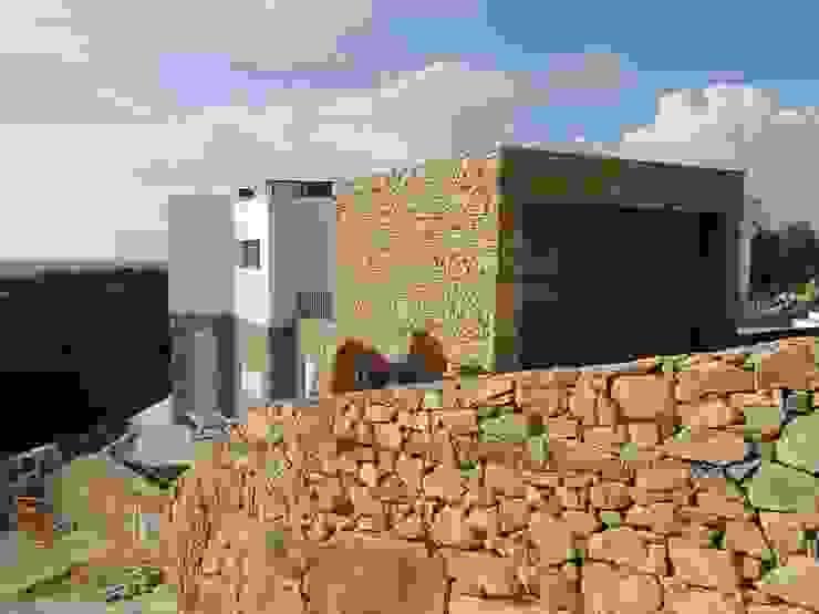Modern houses by shfa Modern Stone