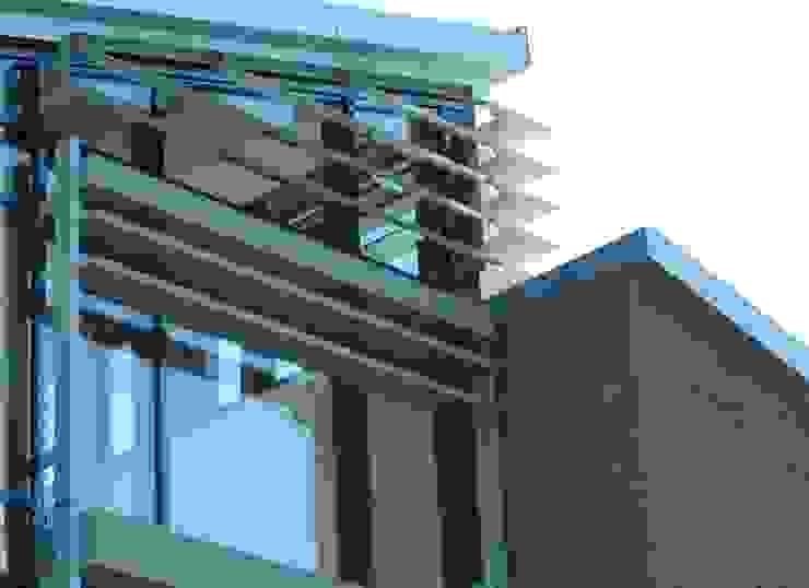 buitenzonwering Moderne huizen van TIEN+ architecten Modern