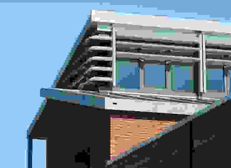 nok Moderne huizen van TIEN+ architecten Modern