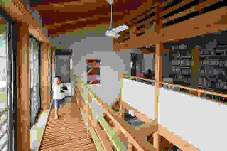 キャットウォーク オリジナルデザインの テラス の 芦田成人建築設計事務所 オリジナル
