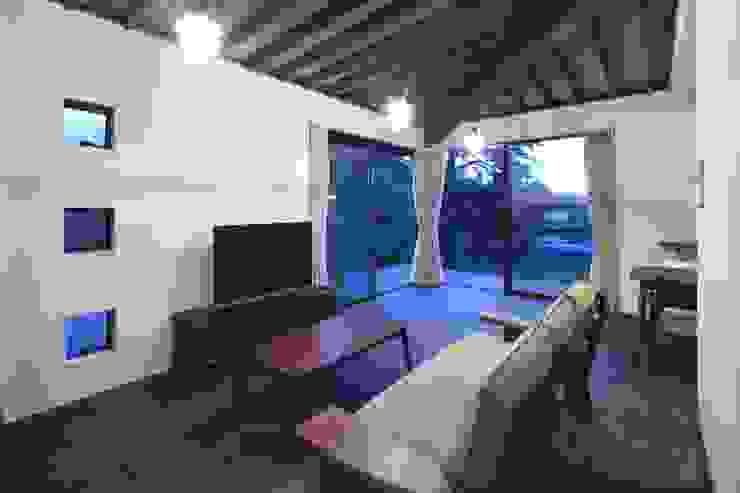 長門の家 House In Nagato オリジナルデザインの リビング の 飯塚建築工房 オリジナル