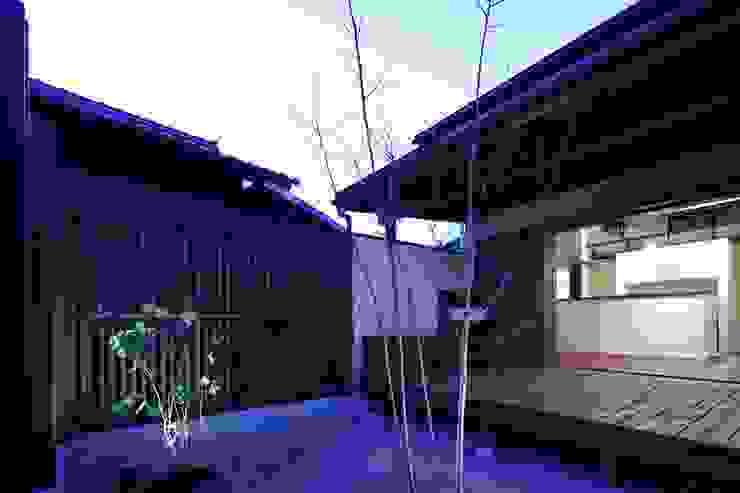 深川の家 House In Fukawa オリジナルな 家 の 飯塚建築工房 オリジナル
