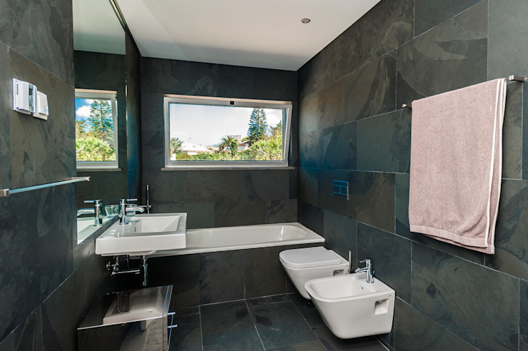 Modern Bathroom by shfa Modern Stone