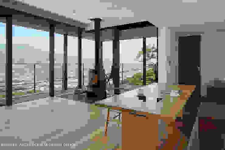 atelier137 ARCHITECTURAL DESIGN OFFICE의  거실, 모던 우드 우드 그레인