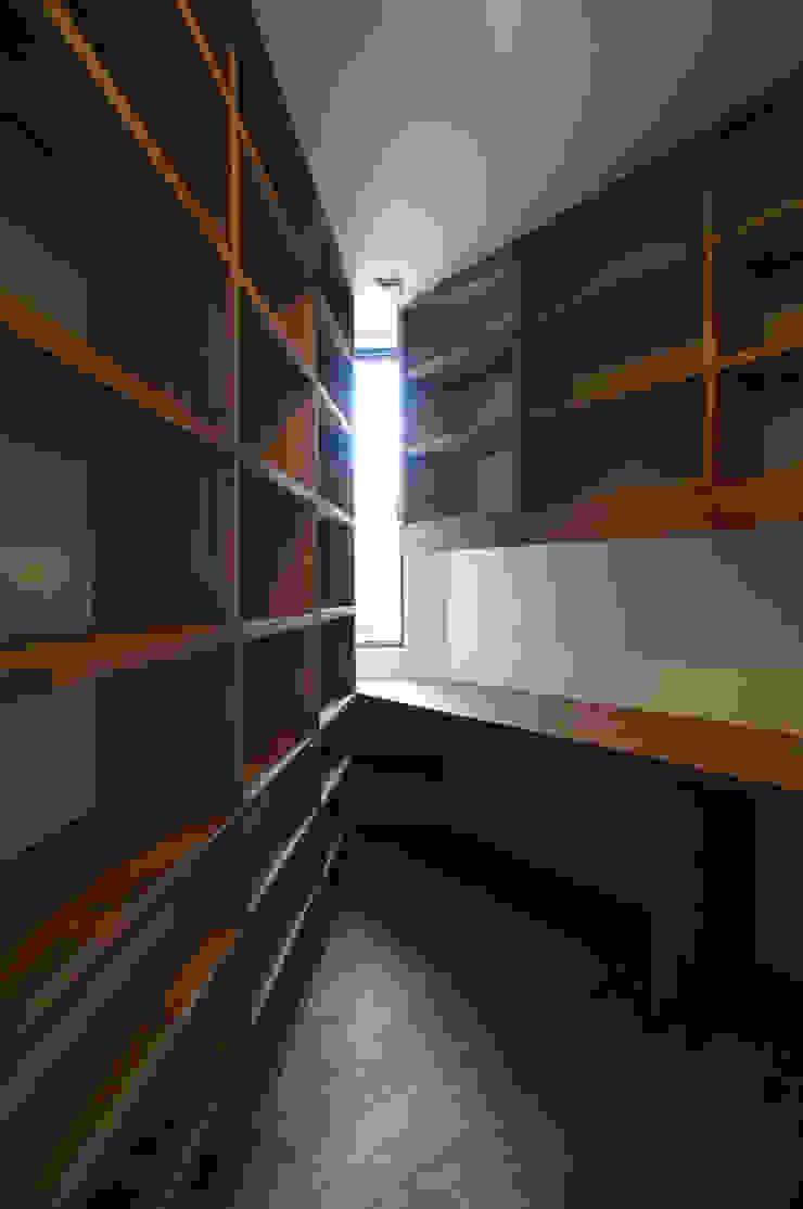 一級建築士事務所A-SA工房 Modern style study/office