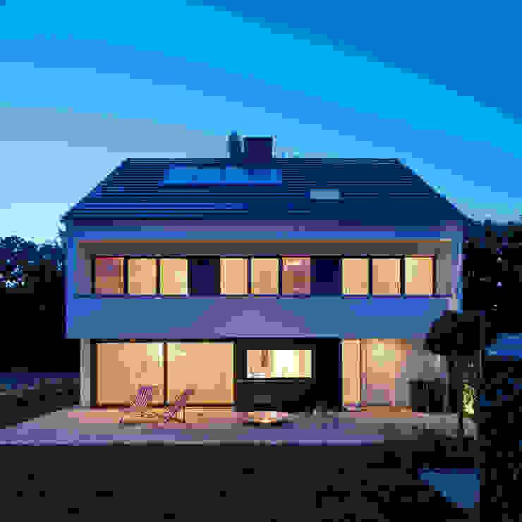 Projekty,  Domy zaprojektowane przez KitzlingerHaus GmbH & Co. KG, Nowoczesny