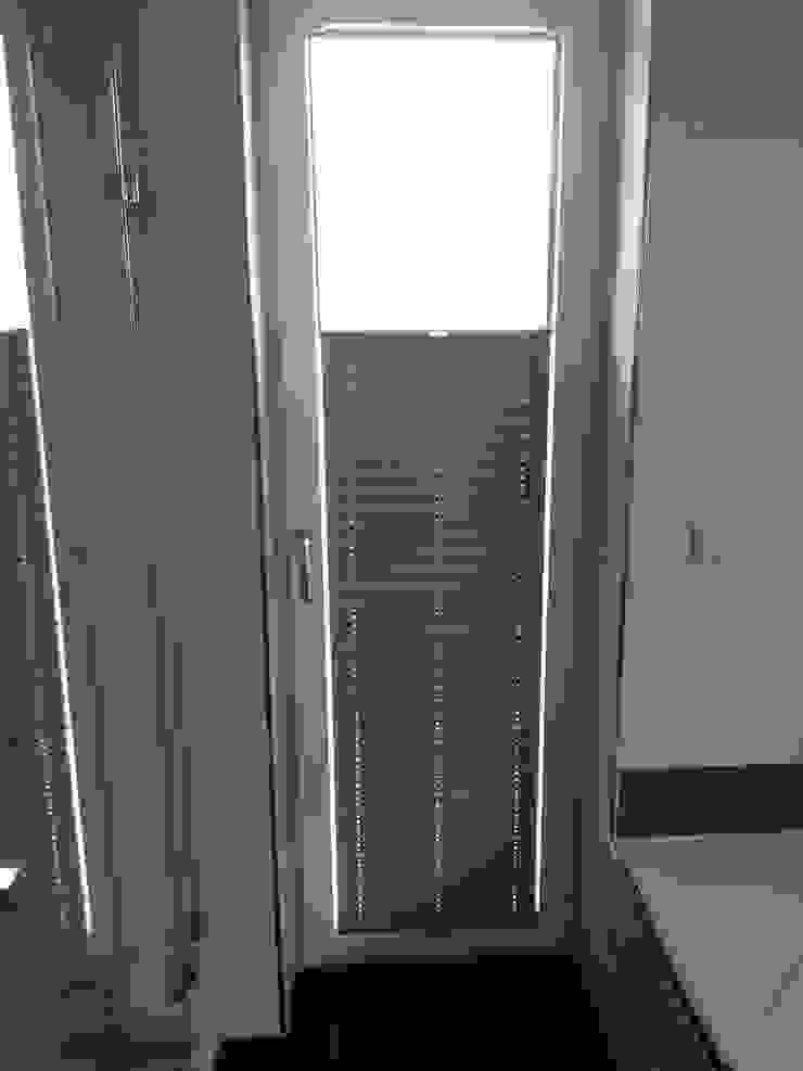 derraumhoch3 Windows & doors Window decoration