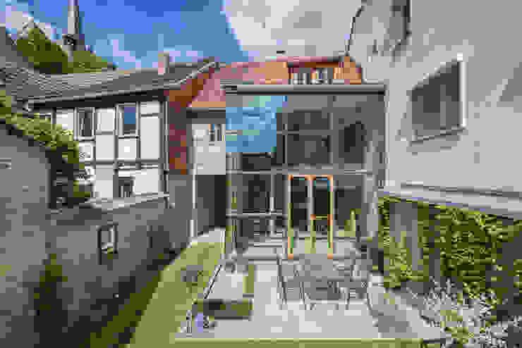 qbatur Planungsgenossenschaft eG Casas de estilo clásico