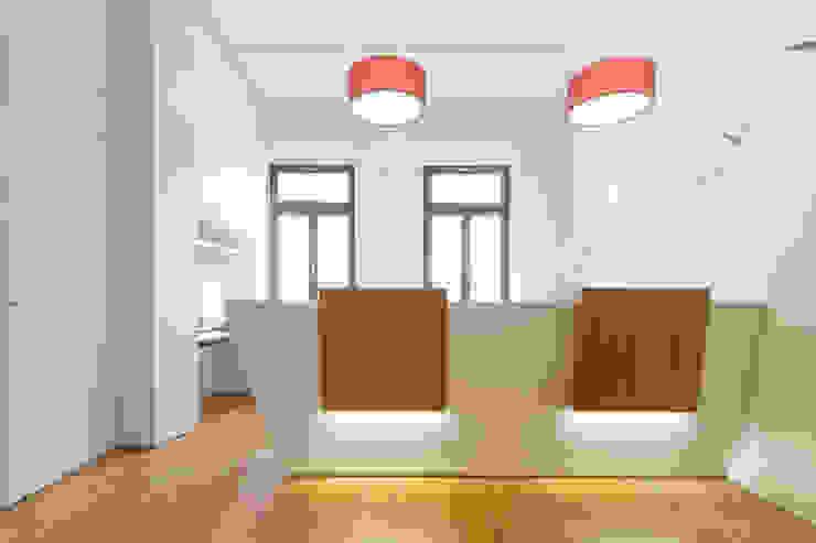 dieMeisterTischler Klinik Modern