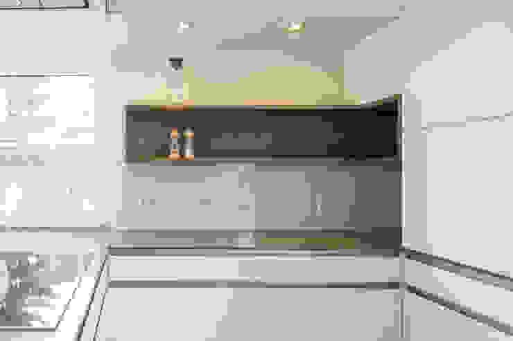 dieMeisterTischler Dapur Modern