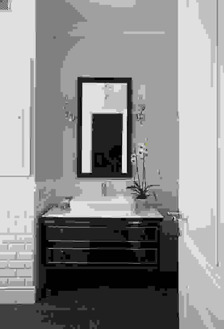 МАРИНА ПОКЛОНЦЕВА Scandinavian style bathroom