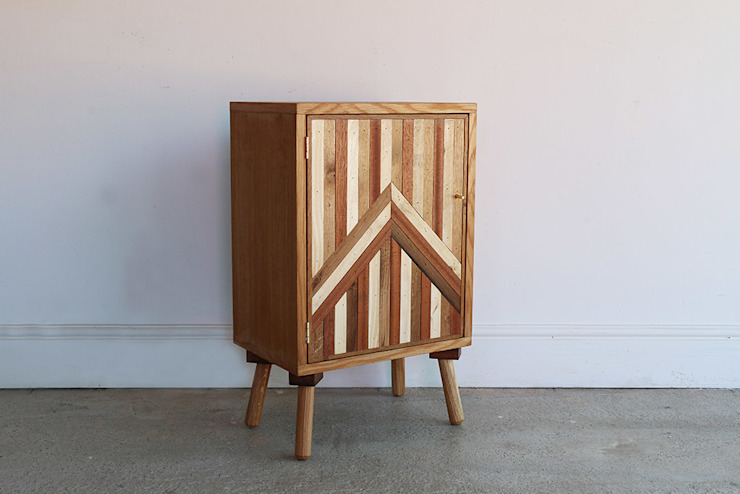 The Unique Bed Side Cabinet por Factory Twenty One Rústico