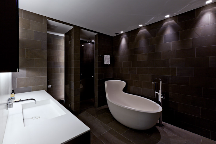 Modern bathroom by SimmenGroup Holding AG Modern