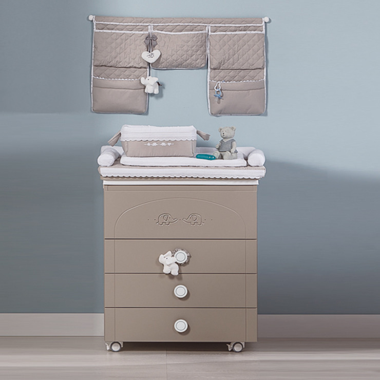 'Miro' brown changing table with drawers by Picci: modern  by My Italian Living, Modern Wood Wood effect