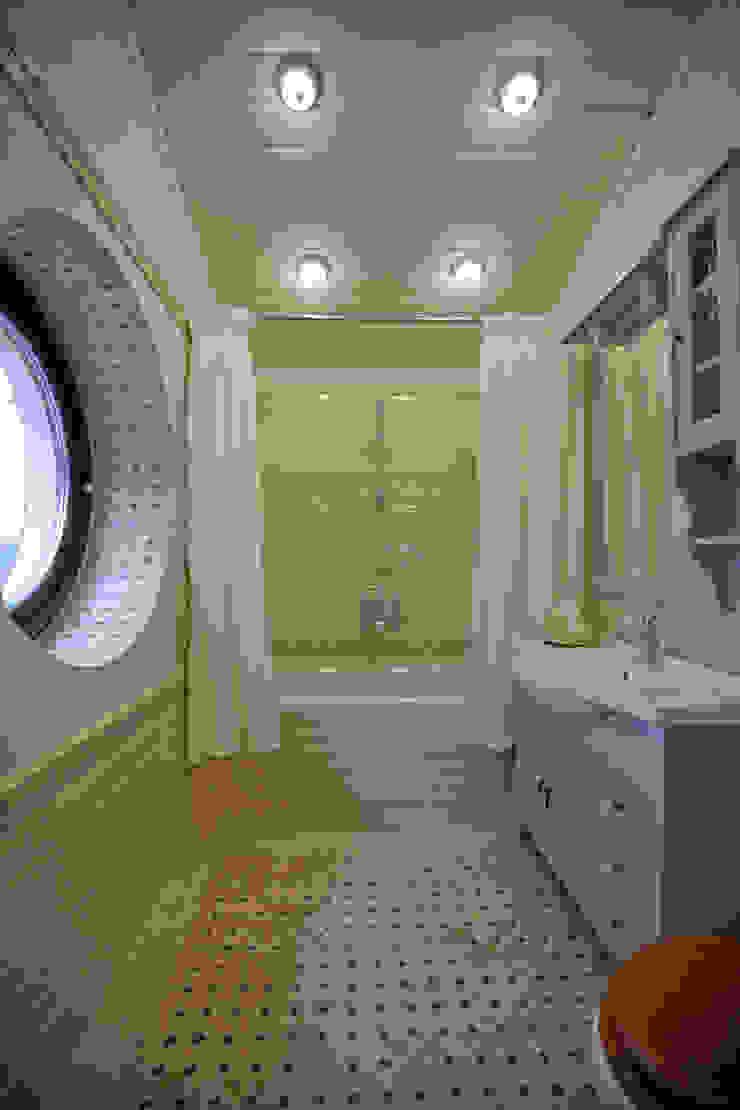 Дизайн-студия интерьера 'ART-B.O.s' Salle de bain classique