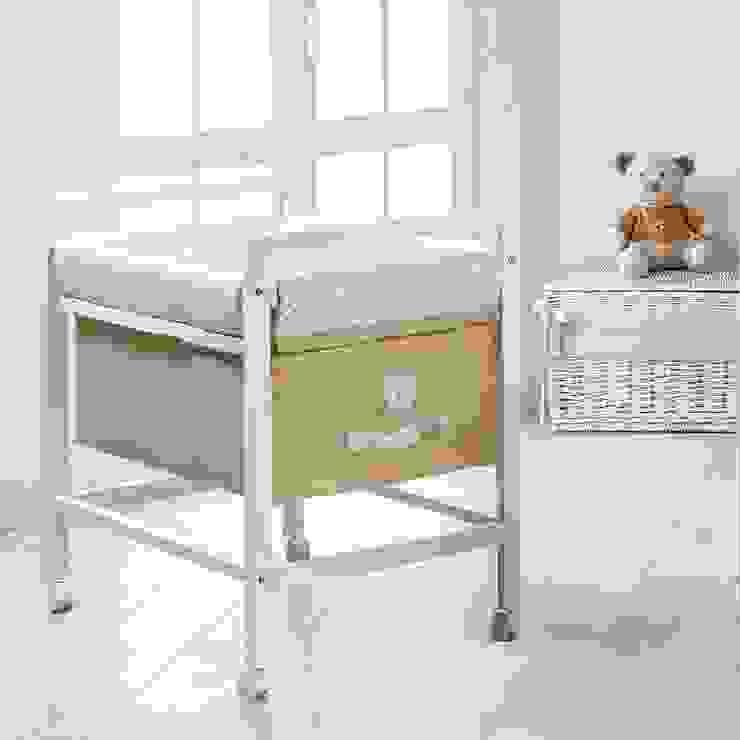 'Muffin-Nido' Wooden baby nursery crib by Picci por My Italian Living Moderno Madeira Acabamento em madeira