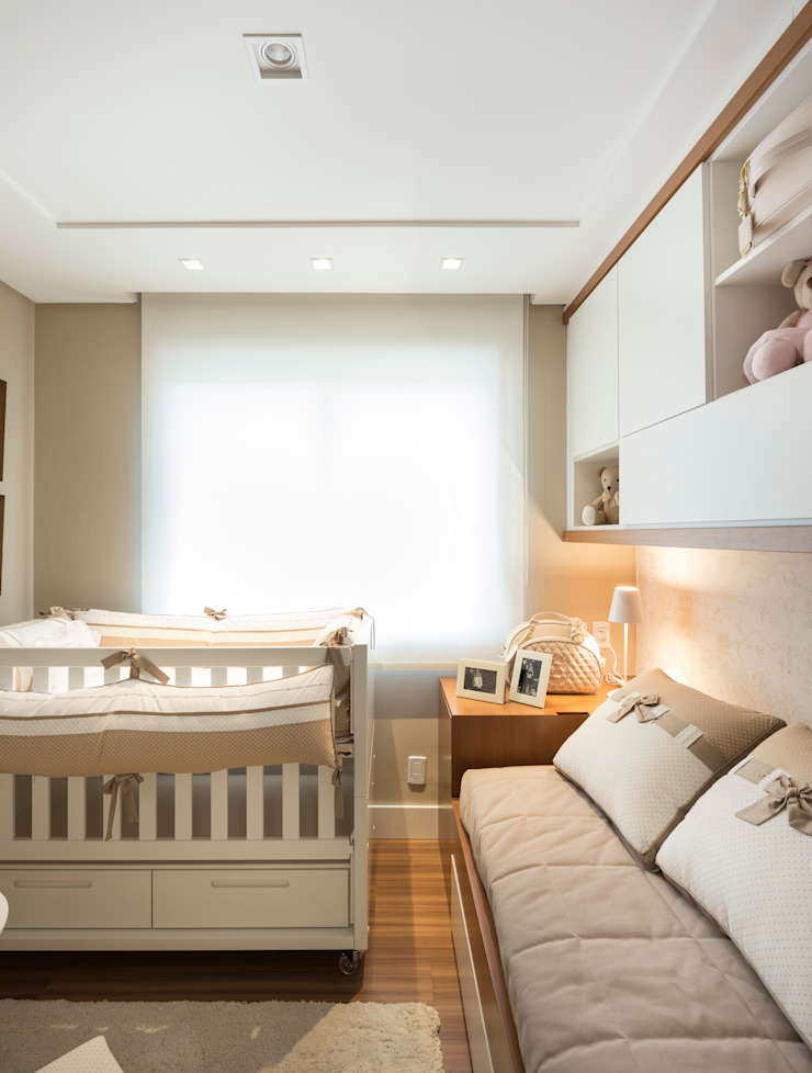 DORMITÓRIO BEBÊ 01 Quarto infantil minimalista por Pura!Arquitetura Minimalista