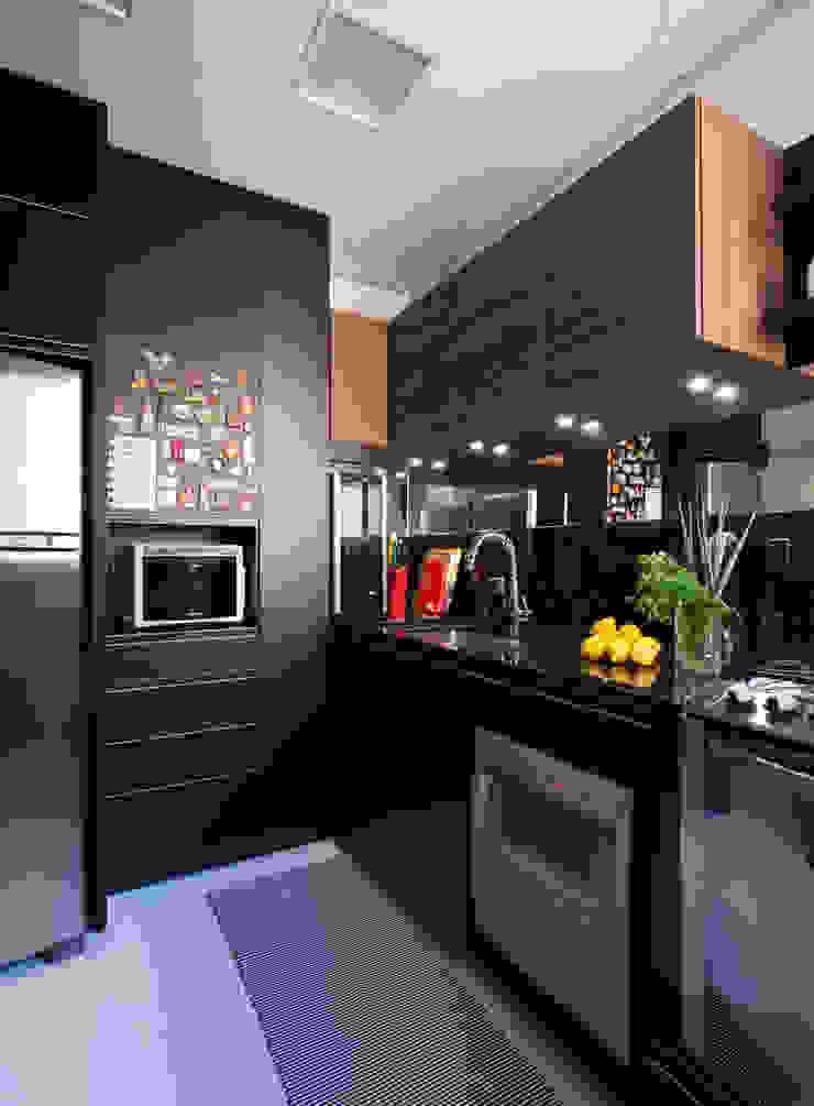 COZINHA INTEGRADA COM ESTAR E JANTAR Cozinhas modernas por Pura!Arquitetura Moderno