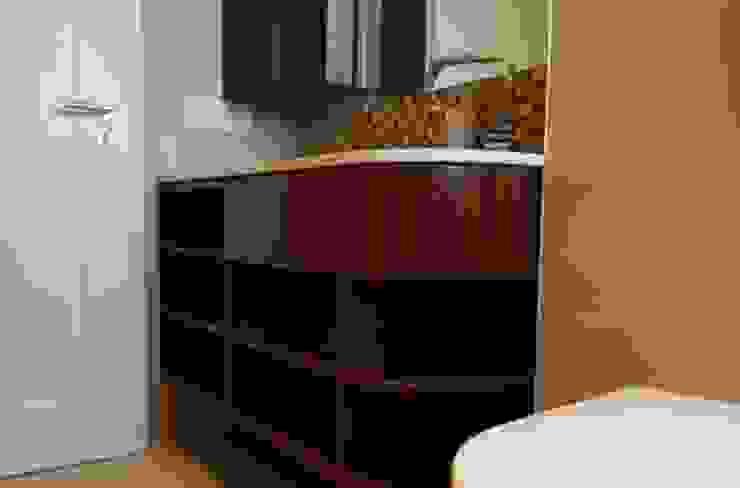DISCHER Tischlerei & Innenausbau BathroomStorage