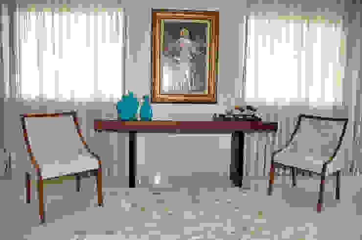 Apartamento em Machacalis 1 Corredores, halls e escadas ecléticos por Lívia Bonfim Designer de Interiores Eclético