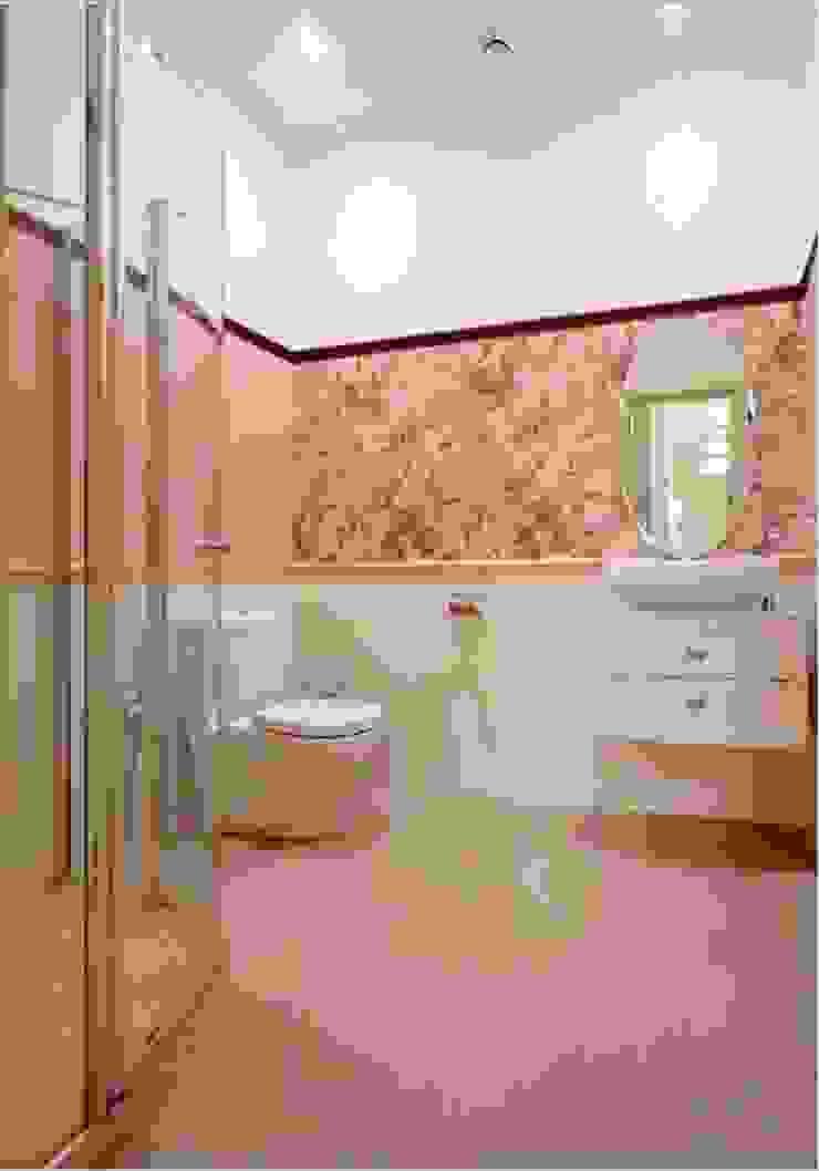 ЖК <q>Белый лебедь</q> Ванная в классическом стиле от White & Black Design Studio Классический