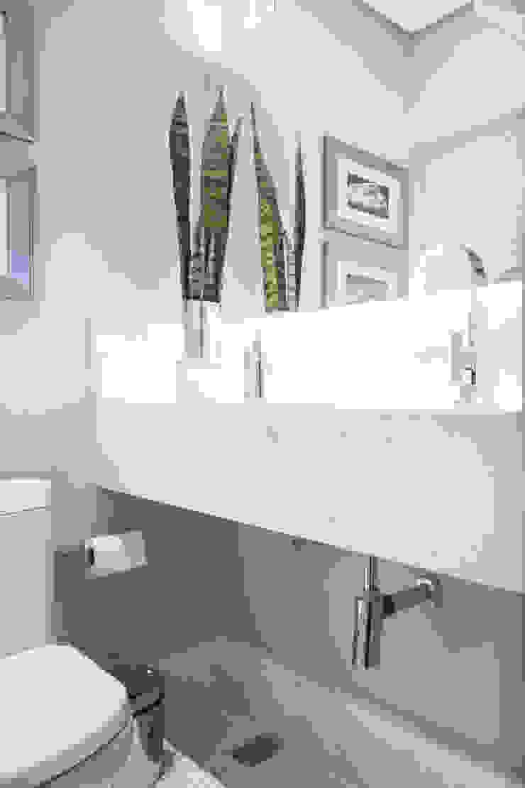 LAVABOS Banheiros minimalistas por Pura!Arquitetura Minimalista
