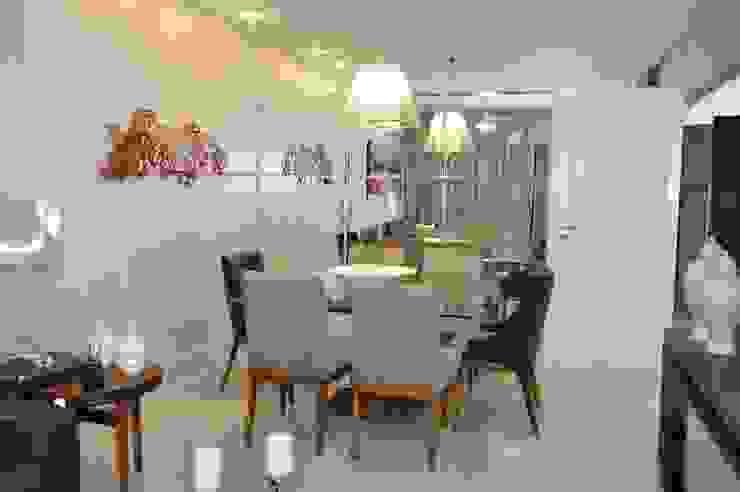 Apartamento Machacalis 2 Salas de jantar modernas por Lívia Bonfim Designer de Interiores Moderno