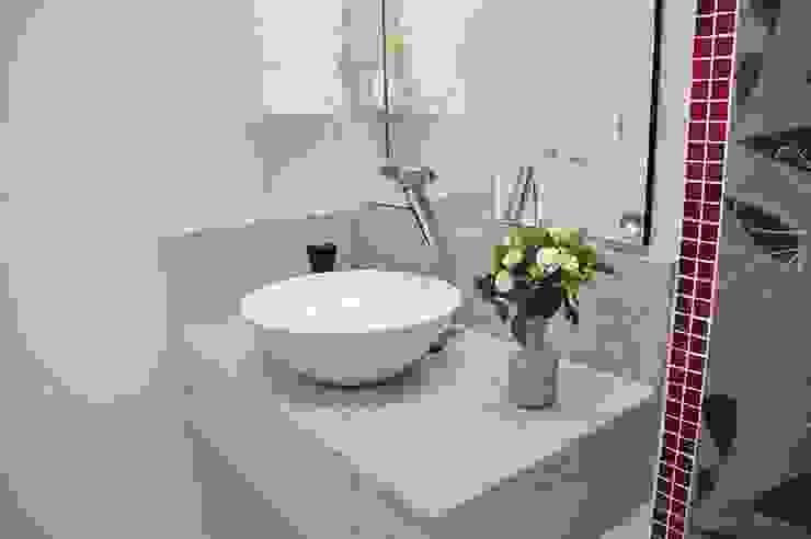 Apartamento Machacalis 2 Banheiros modernos por Lívia Bonfim Designer de Interiores Moderno