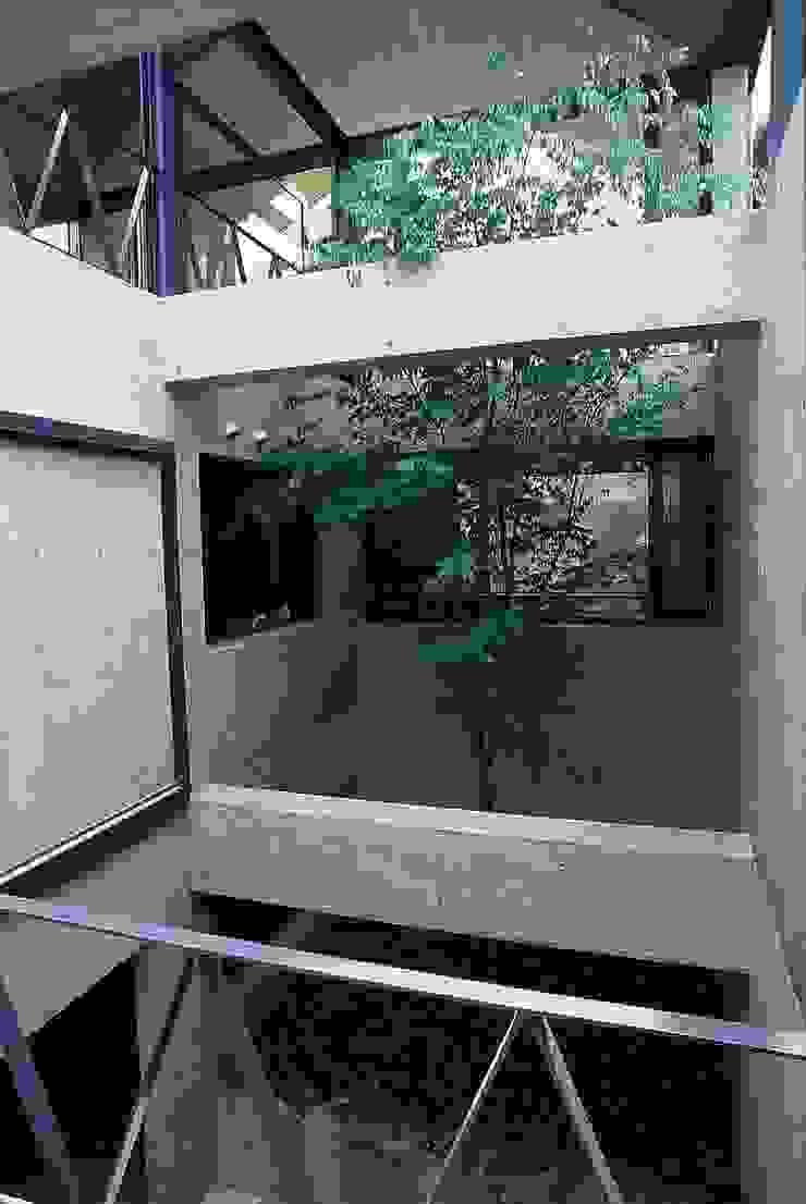 中庭 オリジナルな 庭 の 桑原建築設計室 オリジナル