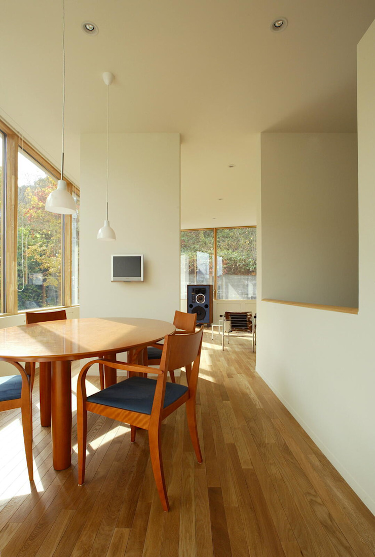 Eclectic style dining room by キタウラ設計室 Eclectic