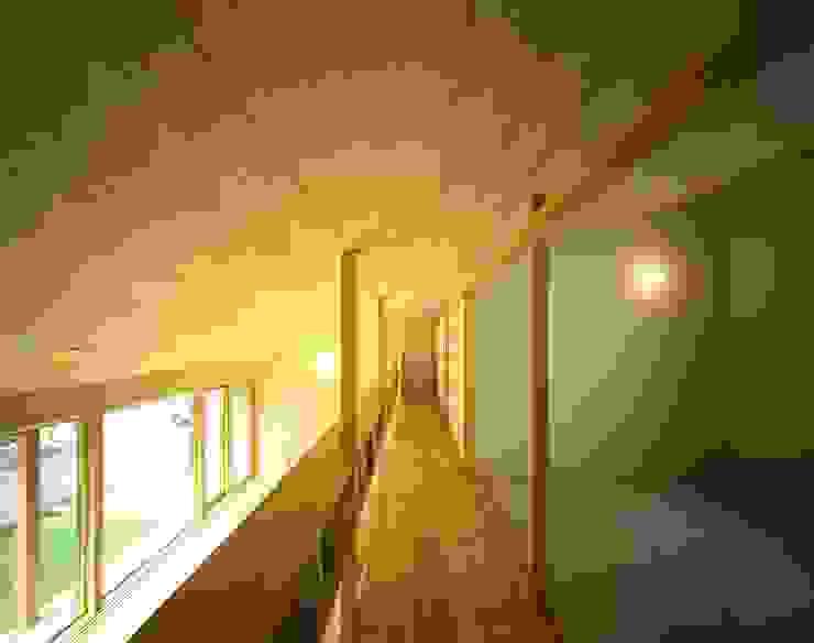 2階廊下 オリジナルスタイルの 玄関&廊下&階段 の キタウラ設計室 オリジナル