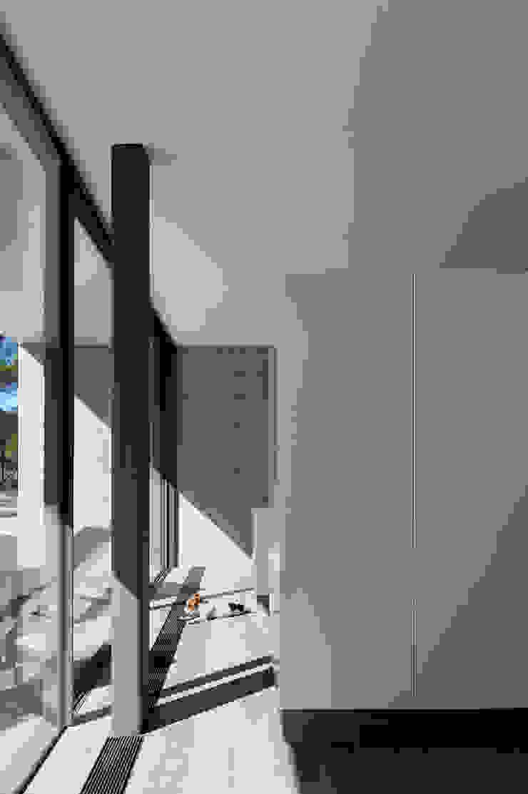 RRJ Arquitectos Modern kitchen