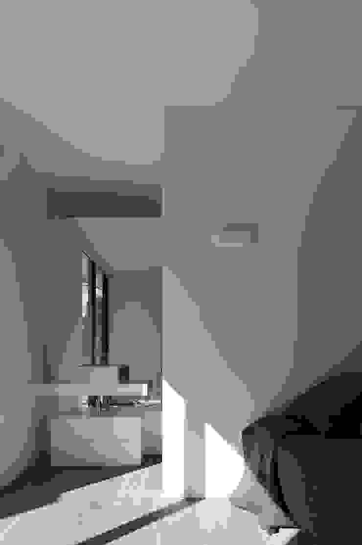RRJ Arquitectos Modern style bedroom