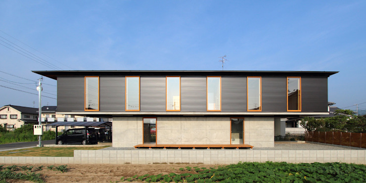 Modern Houses by 株式会社濱田昌範建築設計事務所 Modern